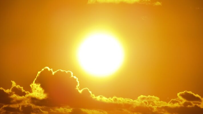 Giải Mã Giấc Mơ Thấy Mặt Trời Là Điềm Gì? Nên Đánh Con Gì?